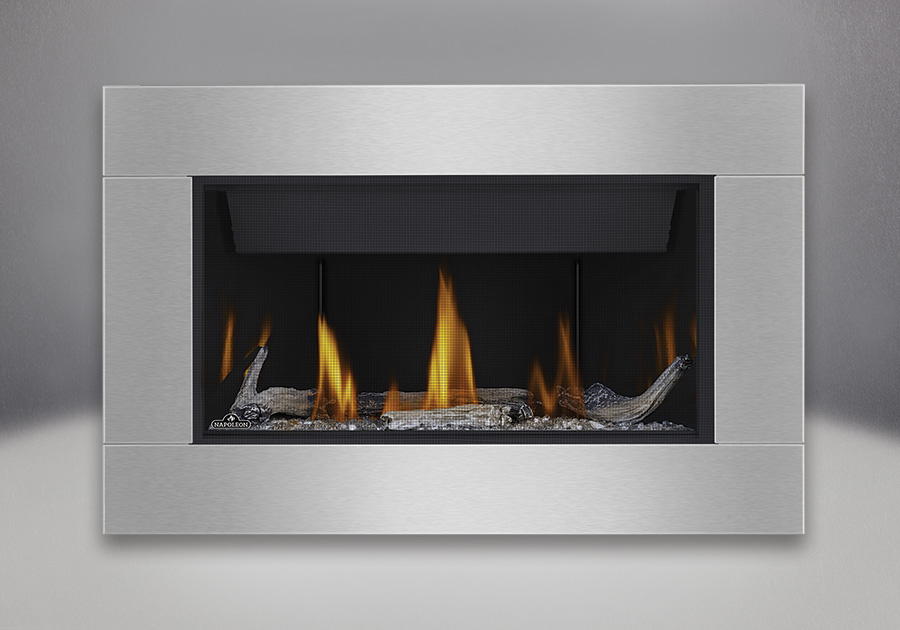 Topaz CRYSTALINE<sup>™</sup> ember bed, Beach Fire Kit, MIRRO-FLAME<sup>™</sup> Porcelain Reflective Radiant Panels, Premium 4-Sided Surround with safety screen