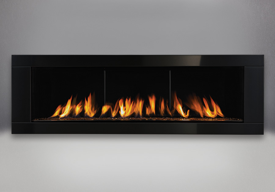 Topaz CRYSTALINE<sup>™</sup> Ember Bed, MIRRO-FLAME<sup>™</sup> Porcelain Reflective Radiant Panels, Deluxe 4-Sided Surround – Painted Gloss Black