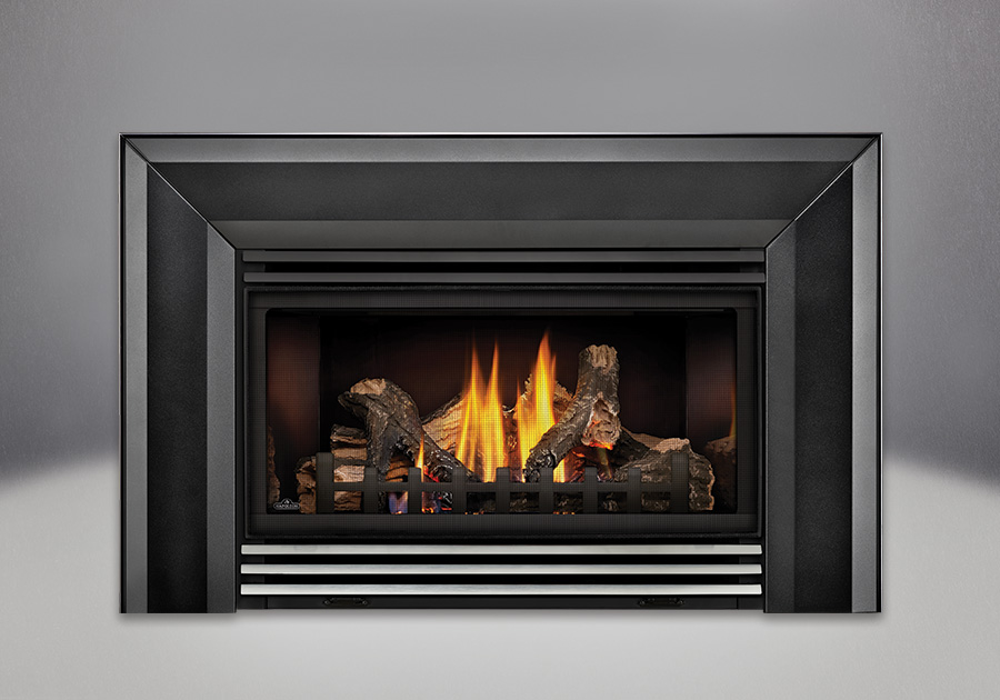 PHAZER<sup>®</sup> Logs, MIRRO-FLAME<sup>™</sup> Porcelain Reflective Radiant Panels, Bevelled Flashing, Stainless Steel Louvers