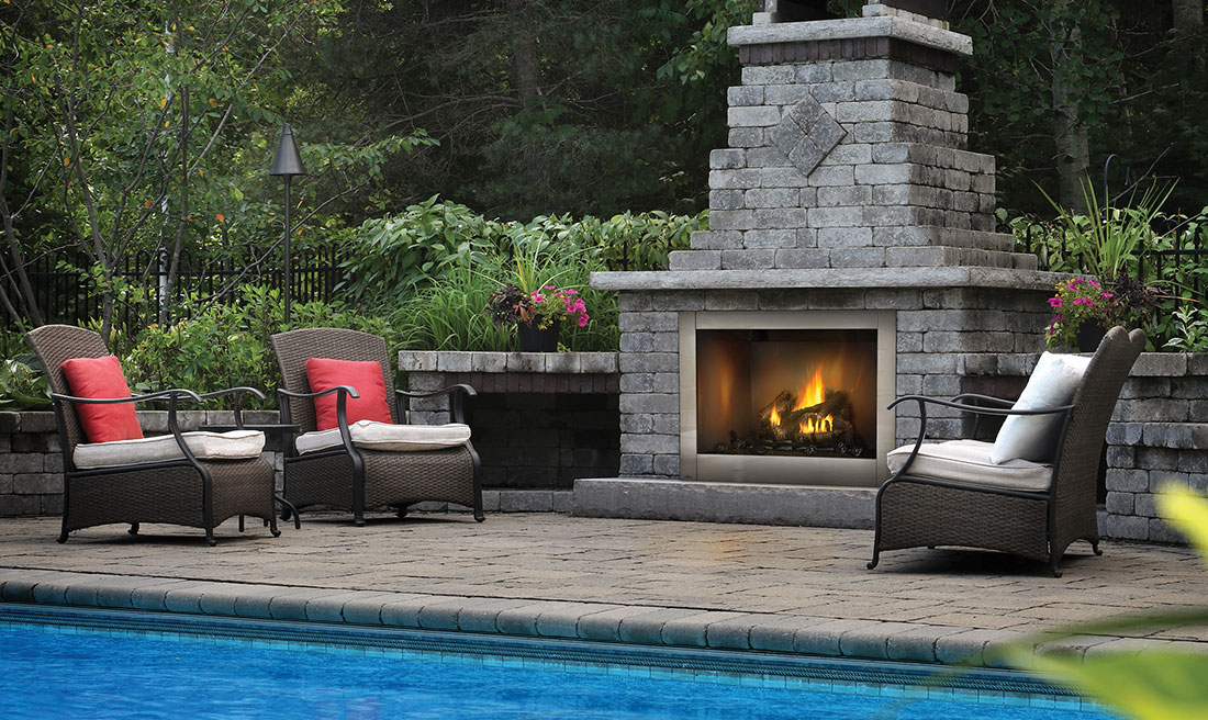 The Riverside 42 Clean Face Outdoor Gas Fireplace by Napoleon helps create a breathtaking focal point in your backyard with this outdoor gas fireplace