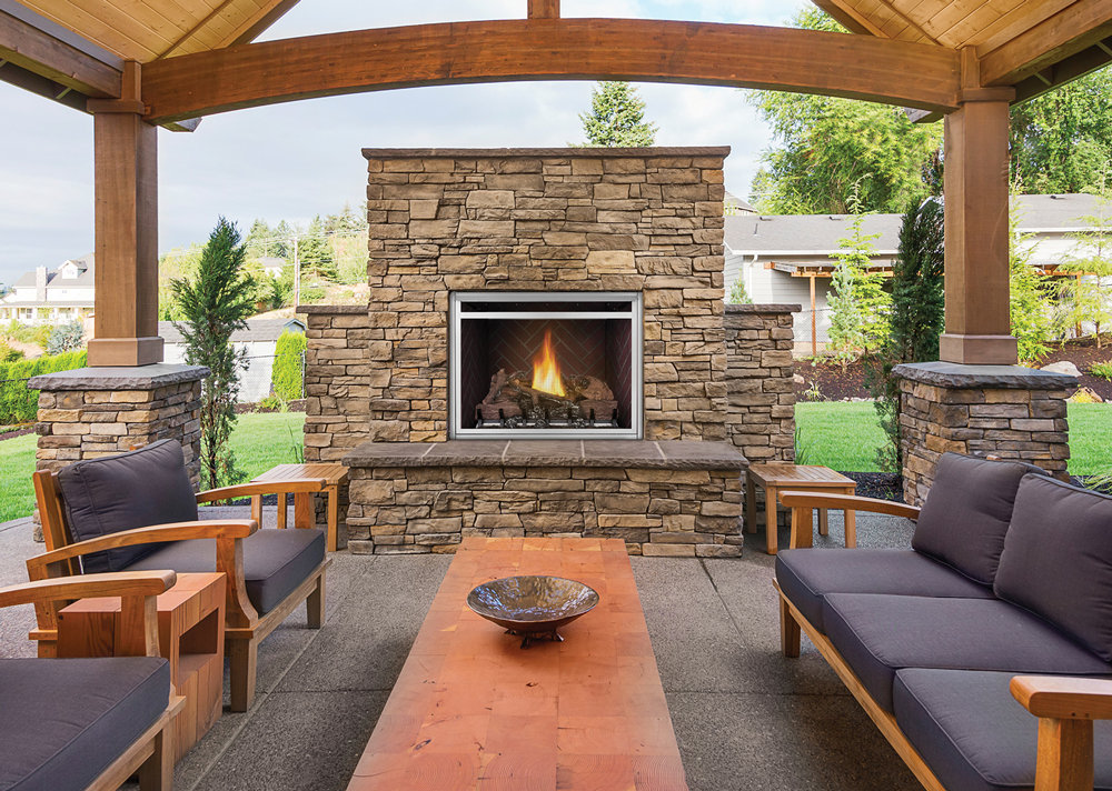 Riverside 36 Clean Face Outdoor Gas Fireplace Feature Image