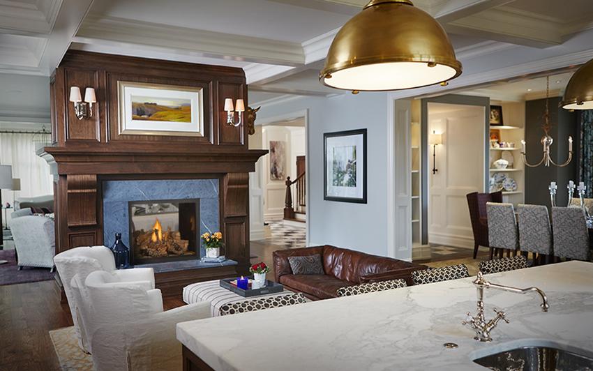 HD81 Livingroom, lighting, area rug, curtains