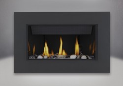 Topaz CRYSTALINE<sup>&trade;</sup> ember bed, Beach Fire Kit, Mineral Rock Kit, MIRRO-FLAME<sup>&trade;</sup> Porcelain Reflective Radiant Panels, Classic 4-Sided Surround with safety screen