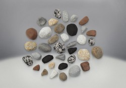 Mineral Rock Kit, comes with Rocks in a variety of shapes, sizes and colors (2 Suggested)